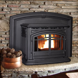 Pellet fireplace with fire
